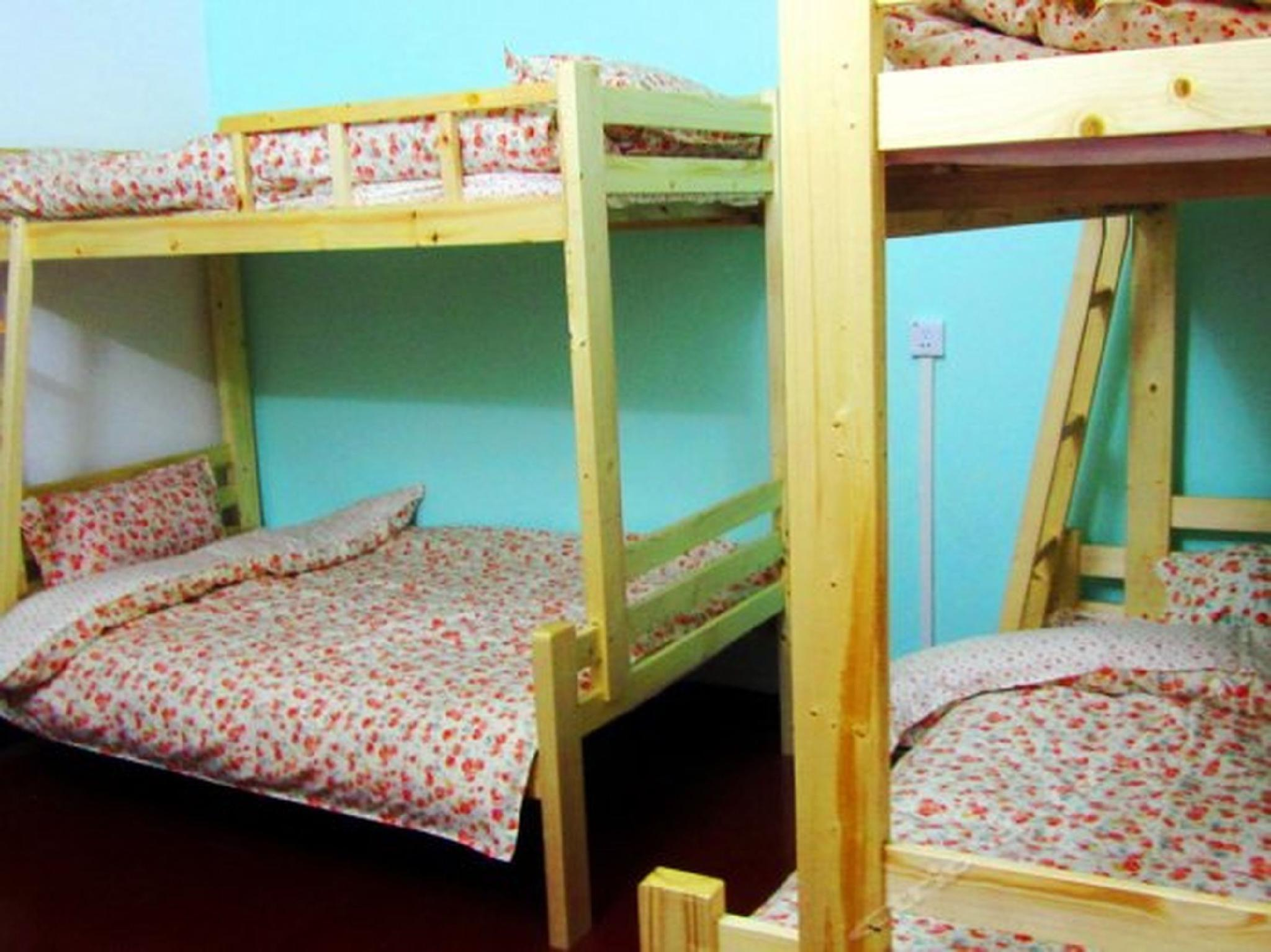 1 Bed in 6 Bed Female Dormitory Room