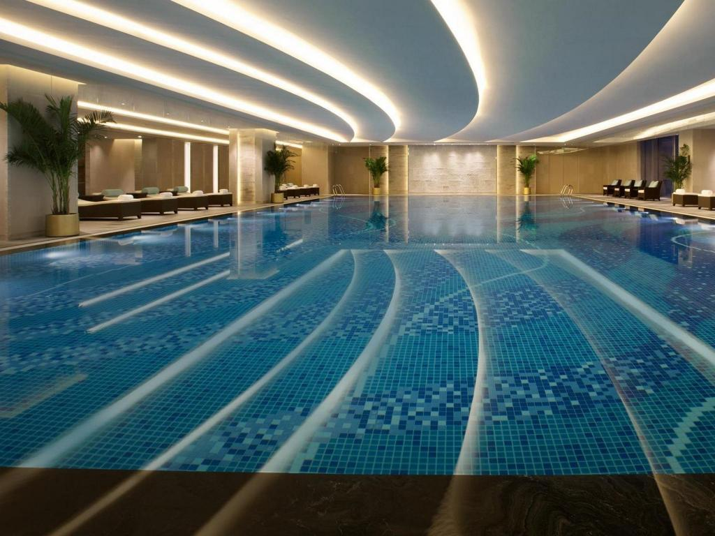 Swimming pool Shangri-la Hotel Hefei
