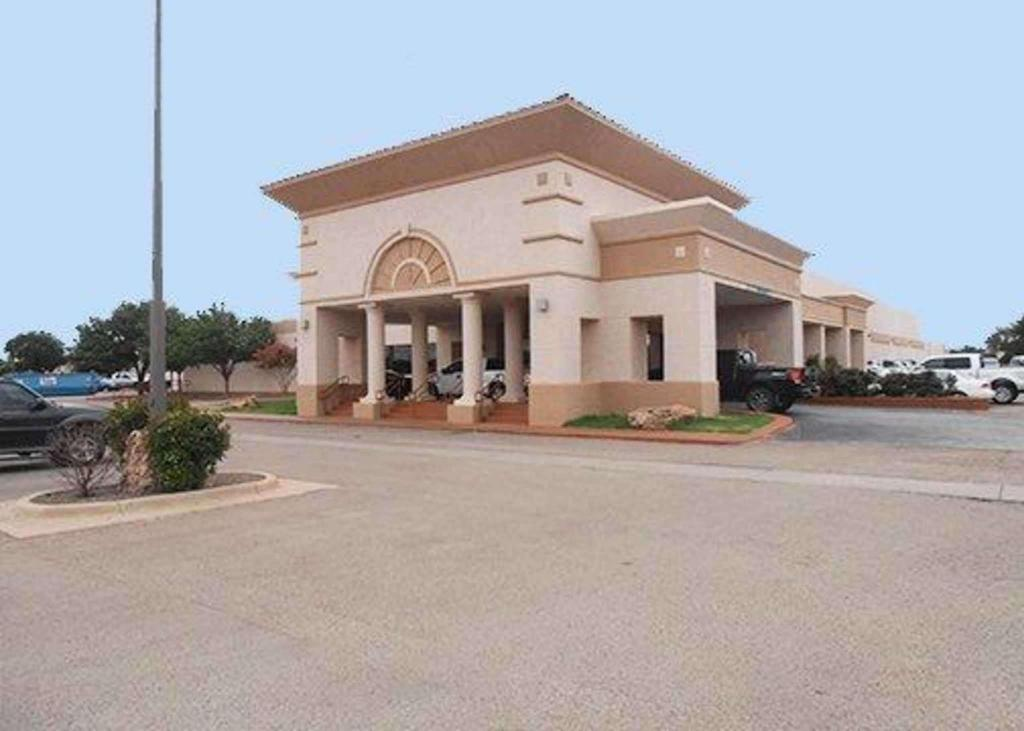 Clarion Hotel And Conference Center In Lubbock Tx Room Deals