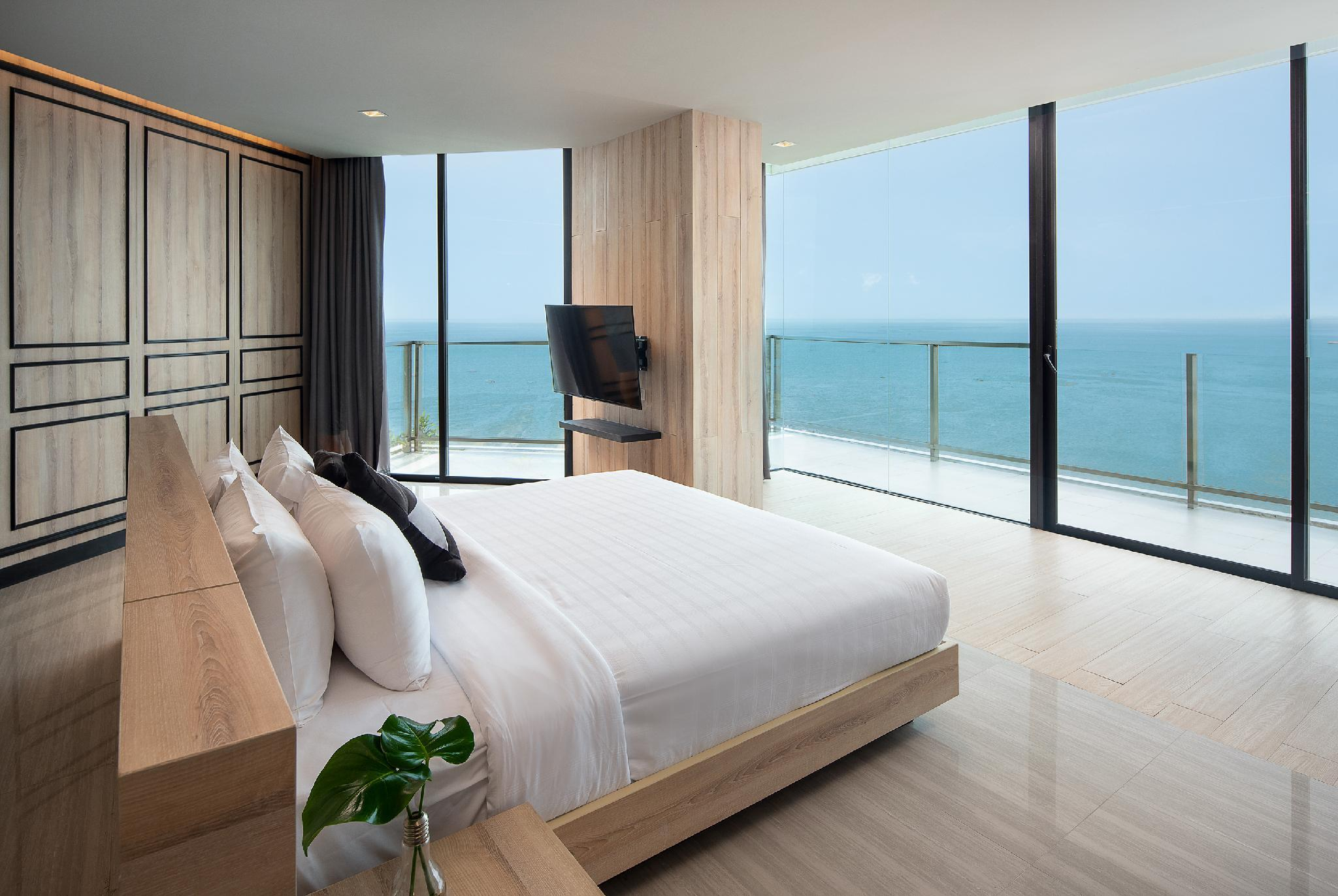 面海雙臥室套房 (2-Bedroom Oceanfront Suite)