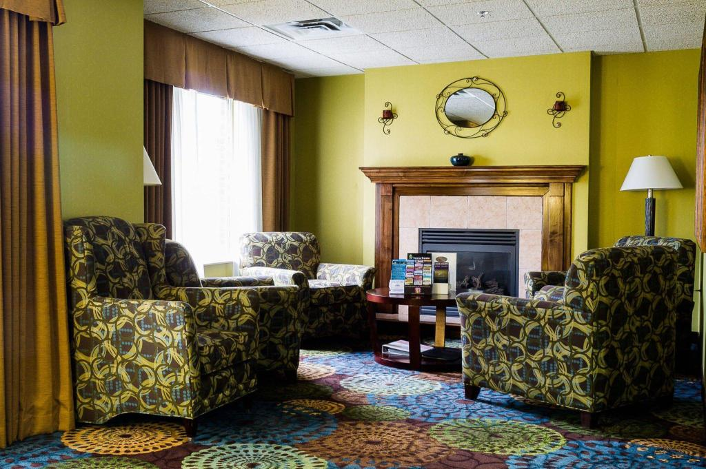 Lobby Holiday Inn Express Hotel & Suites Acme-Traverse City
