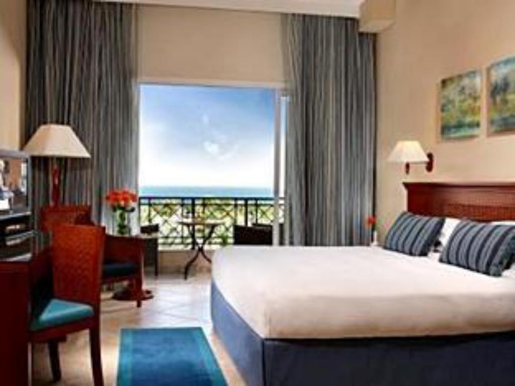 Вижте всички46снимки Fujairah Rotana Resort & Spa - Al Aqah Beach