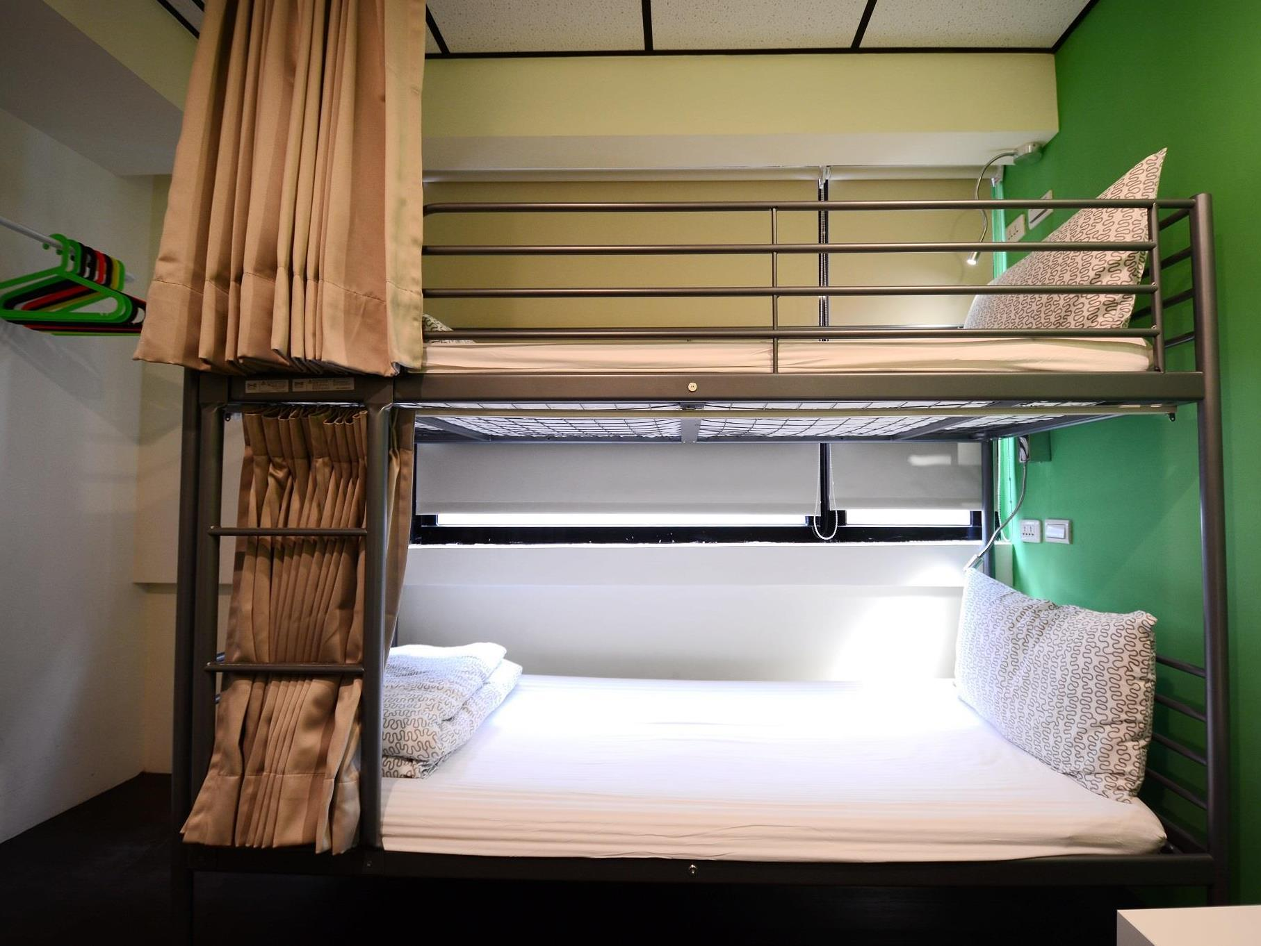 Bunk Bed - 2 people