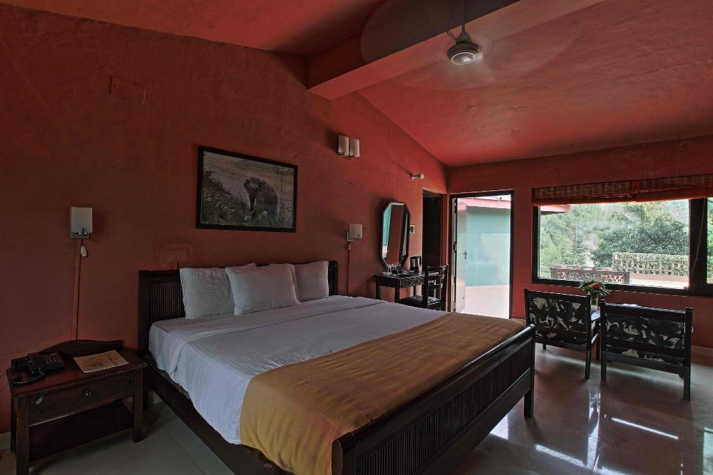 Standard - Bed Corbett Riverside Resort