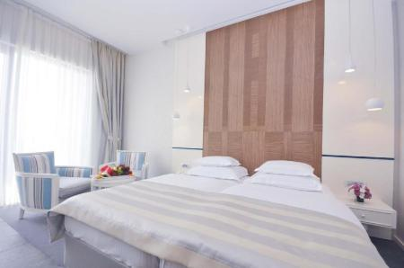 Double or Twin Room with Sea View Hotel Bracera
