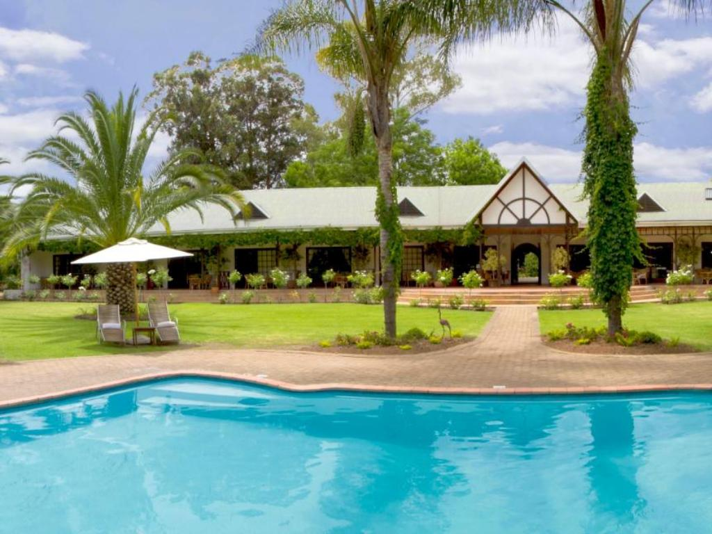 More about Hlangana Lodge