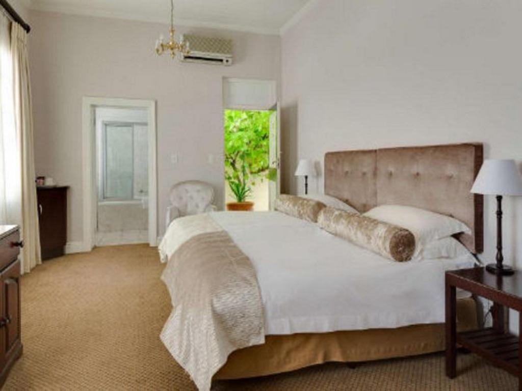 Standard, Guest room, 1 Double or 2 Twin/Single Bed(s) Protea Hotel Stellenbosch Dorpshuis & Spa