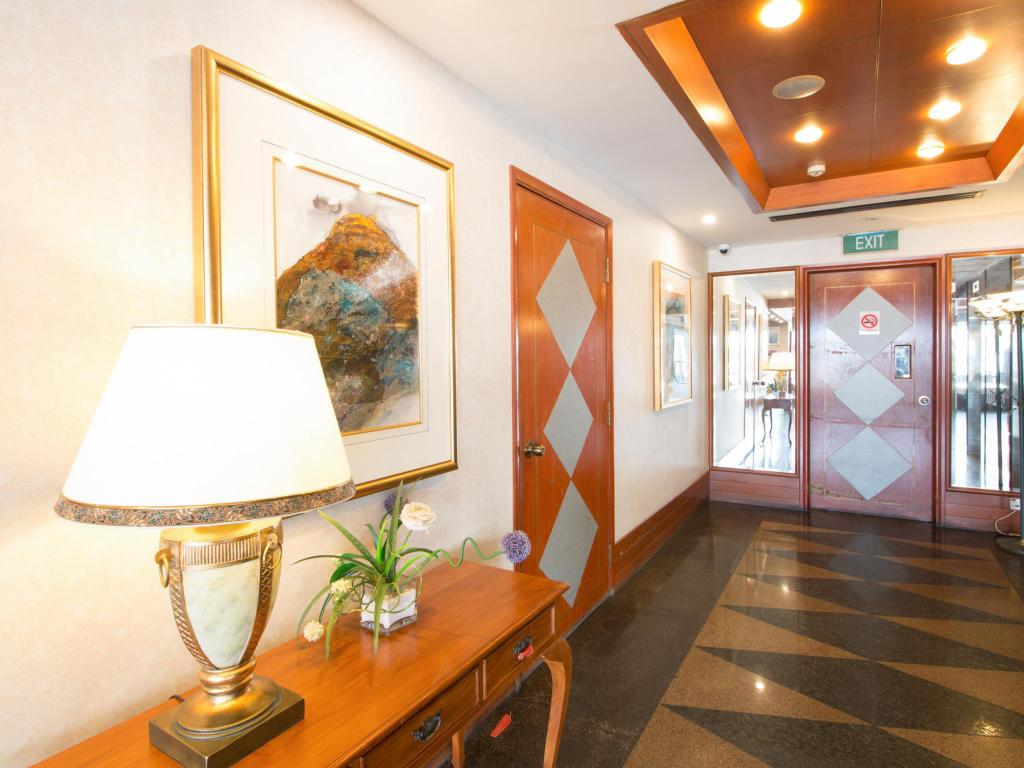 Interior view Hotel 81 Palace