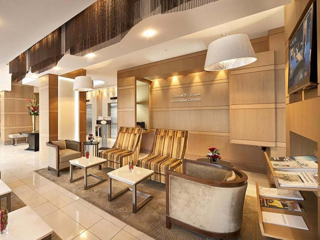 Lobby Oaks Liwa Executive Suites