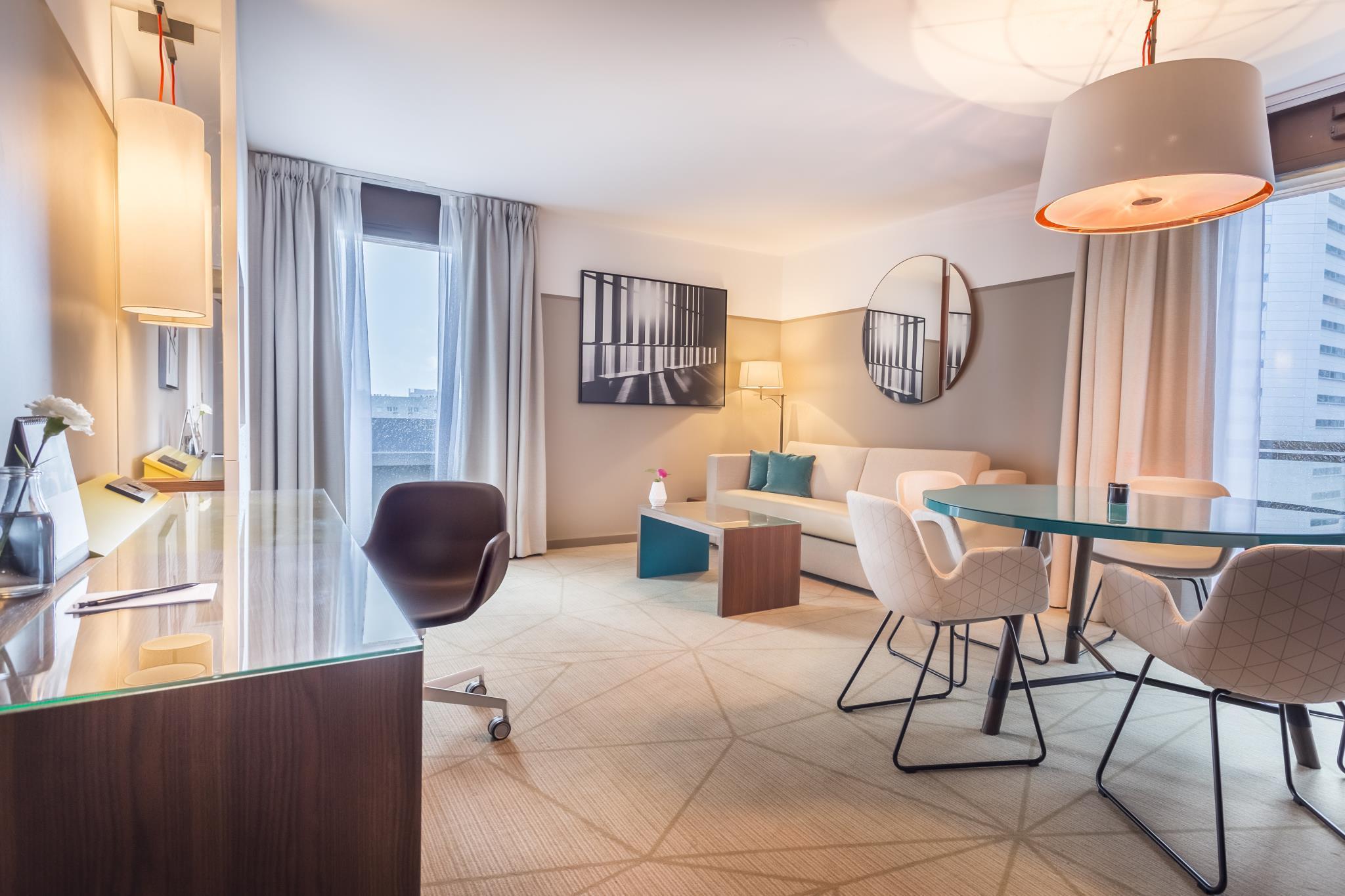 More About Fraser Suites Harmonie Paris La Defense Apartments