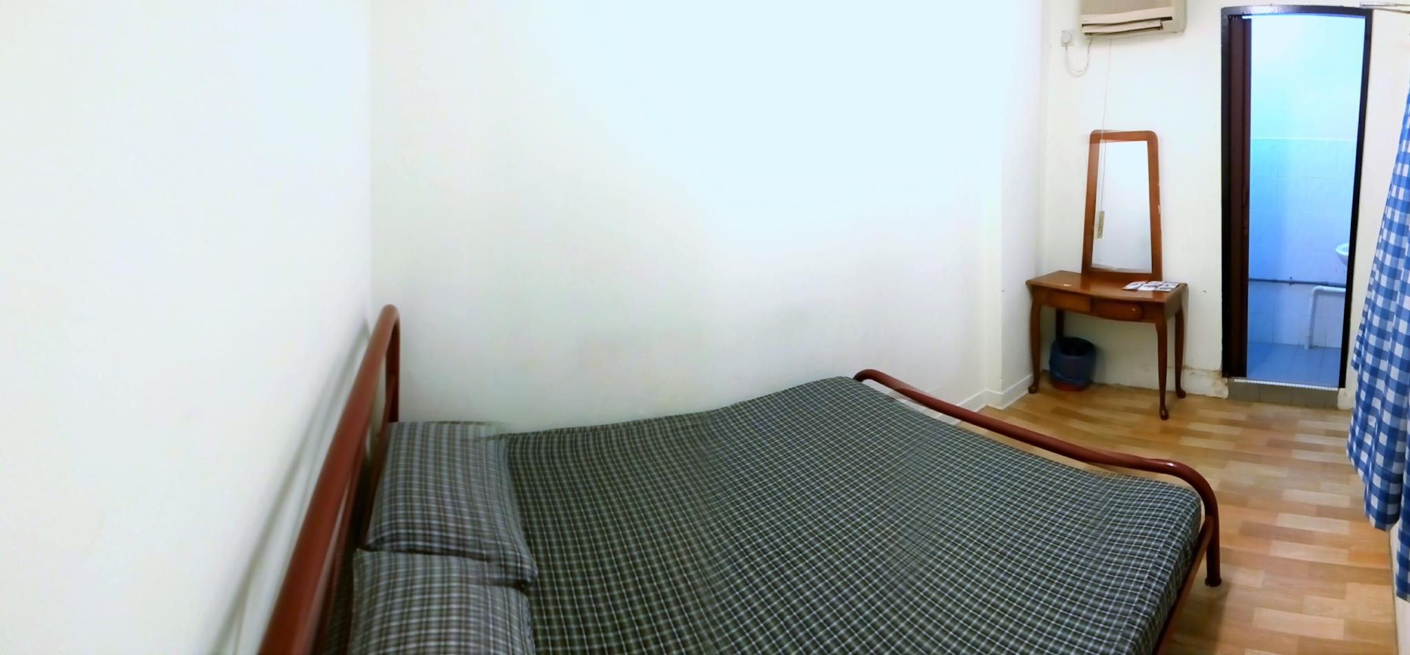 Kamar Double dengan AC (Double Room Air Conditioning)