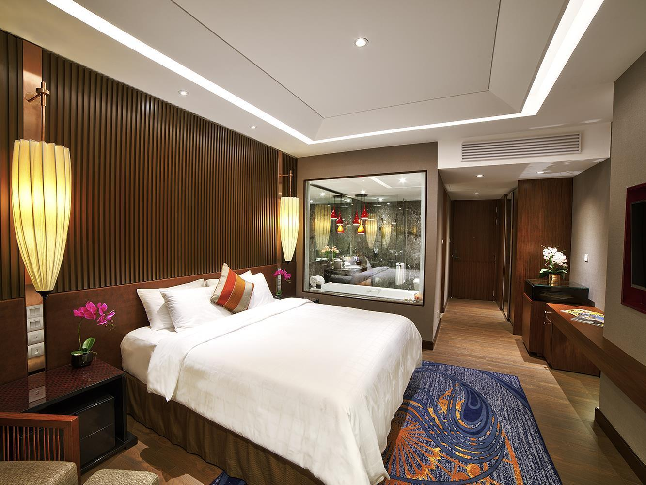Inya Wing Premier Room