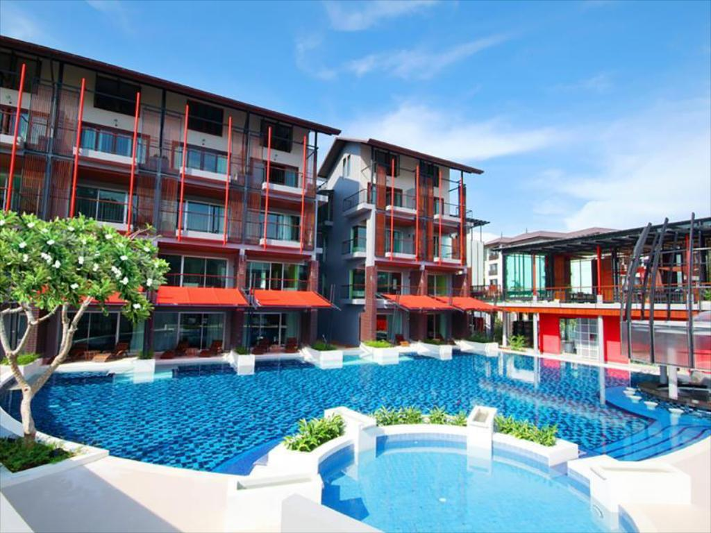 Informasi lengkap Red Ginger Chic Resort