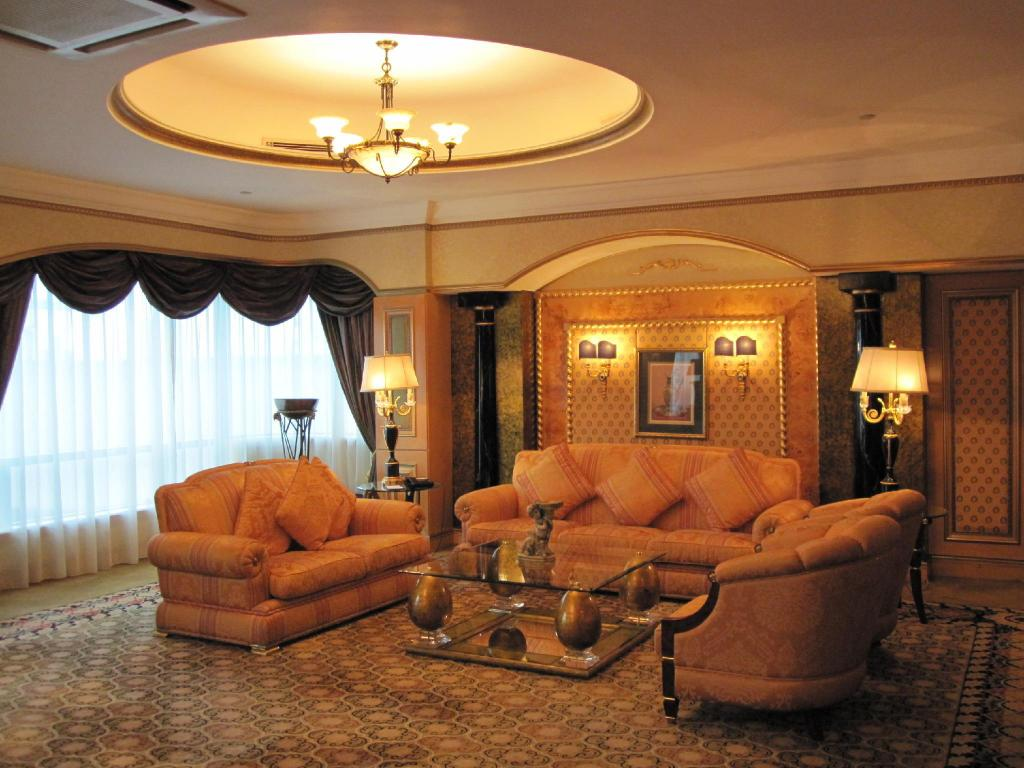 Royal Suite, Club level, 2 Bedroom Suite, Top floor - Bed