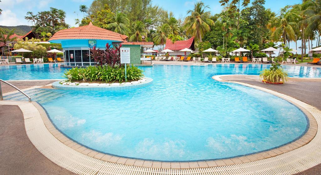 Swimming pool [outdoor] Bayview Beach Resort