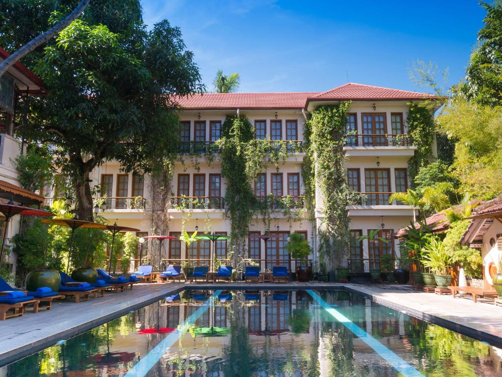 Savoy Hotel in Yangon - Room Deals, Photos & Reviews