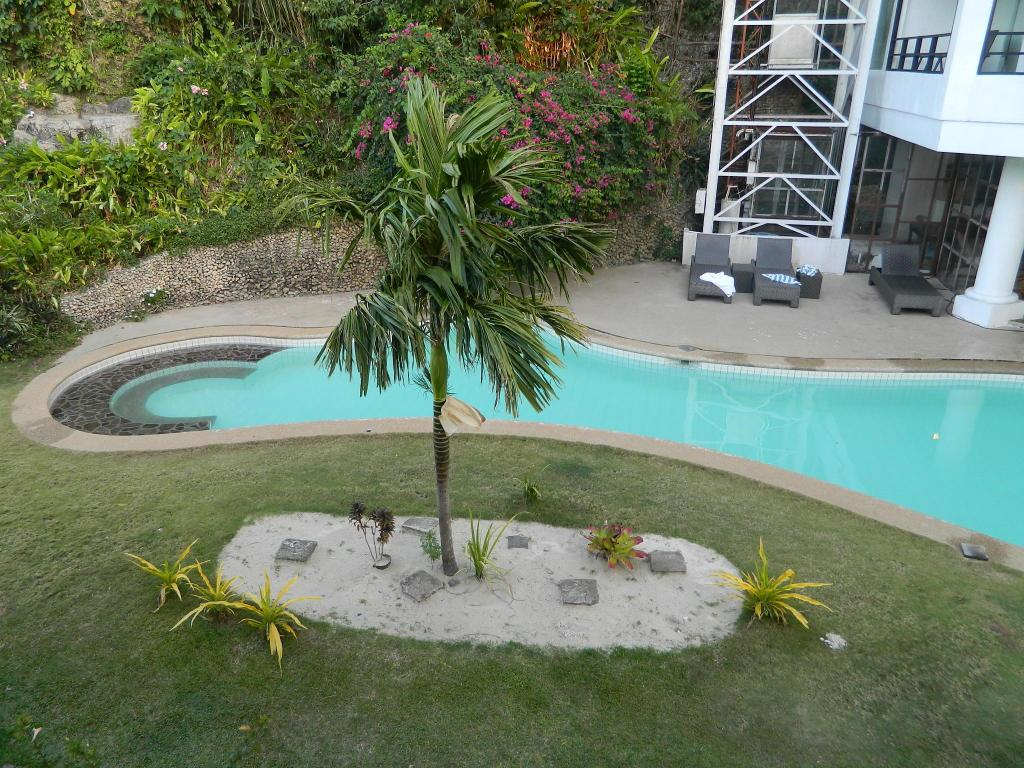 Piscina Pearl Of The Pacific Hotel