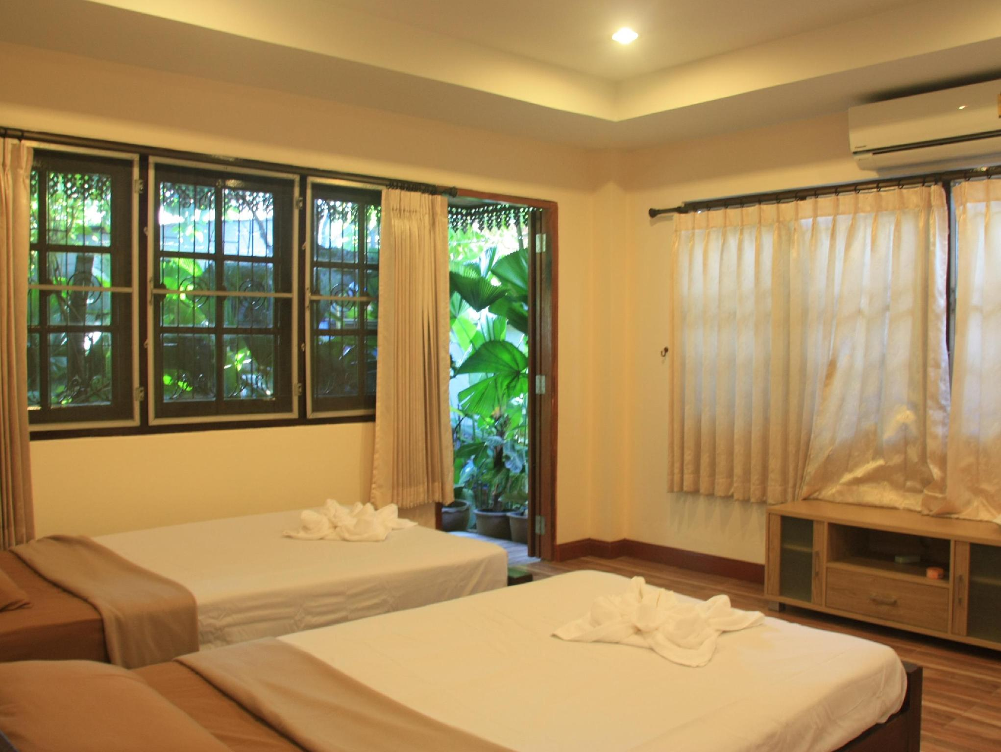 Deluxe Ranjang Twin untuk 2 Orang (Deluxe Twin Bed for 2 persons)
