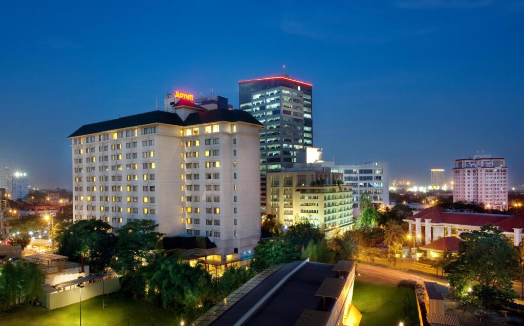 More About Cebu City Marriott Hotel