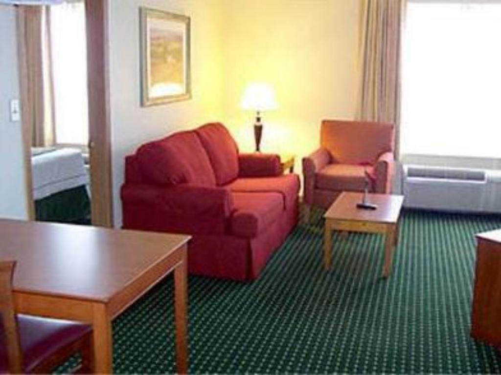 Interior view TownePlace Suites St. Louis St. Charles
