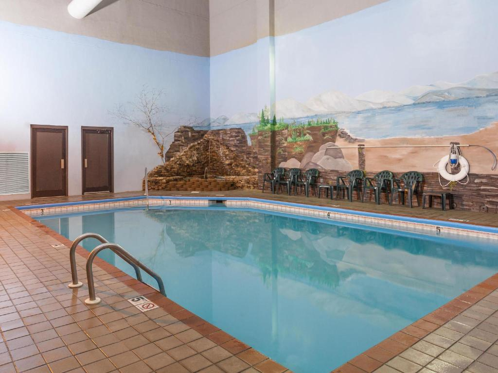 Best Price On Baymont Inn And Suites Pigeon Forge In Pigeon Forge Tn Reviews