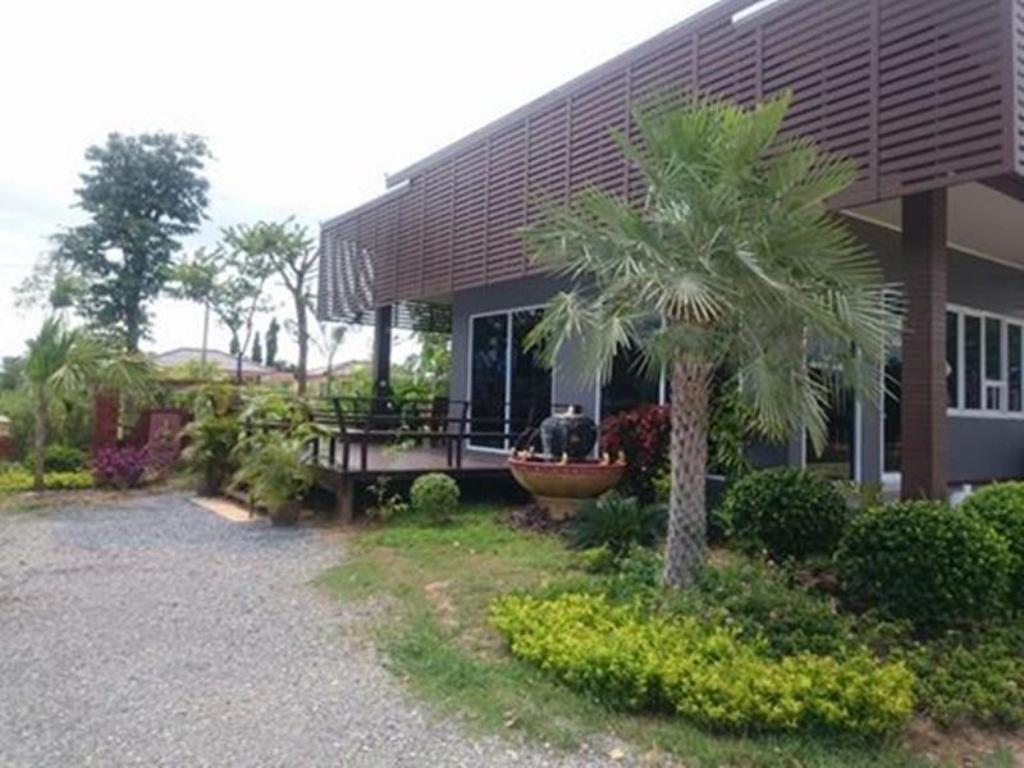 Coffee shop Gardenview  Resort
