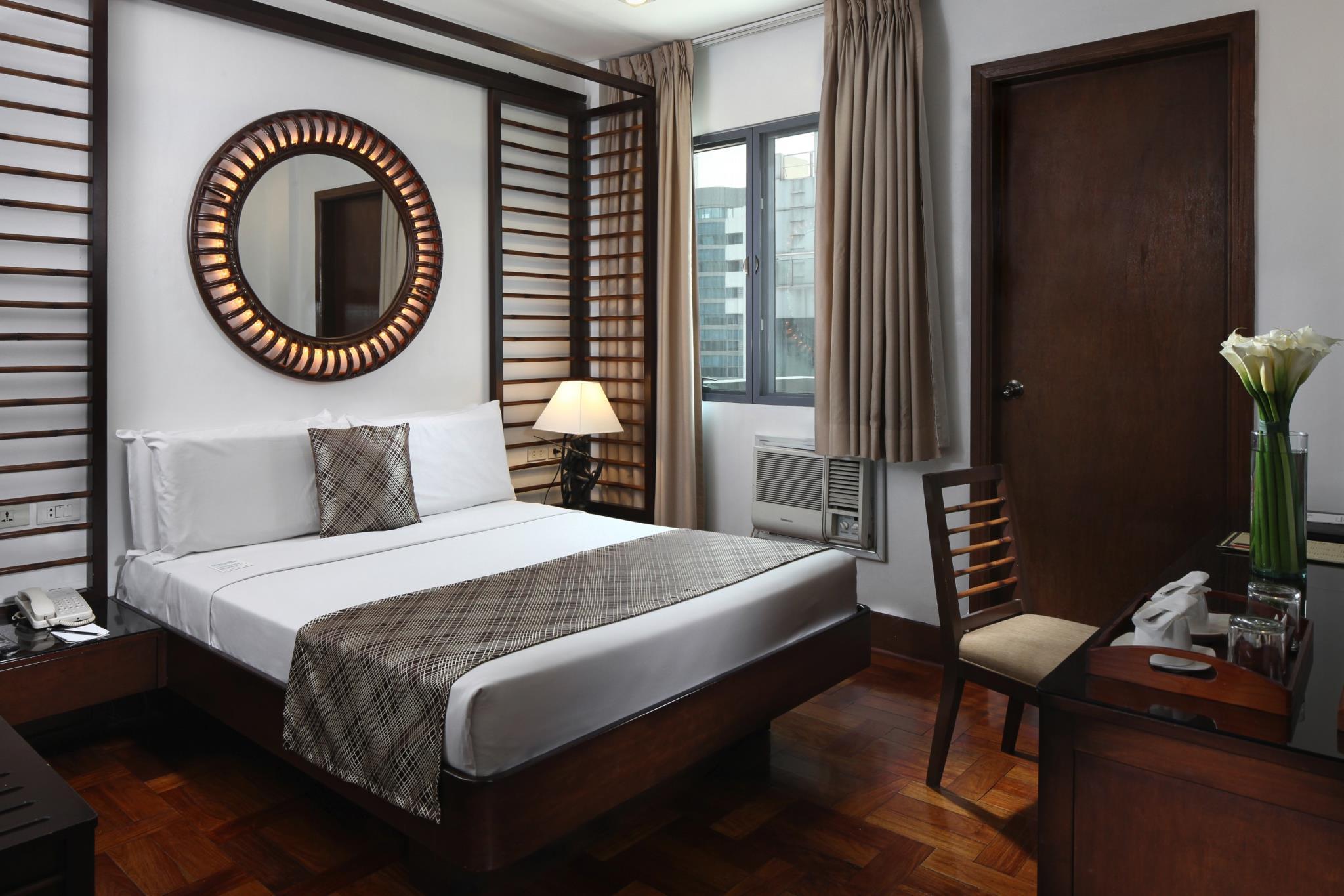Charming Lotus Garden Hotel