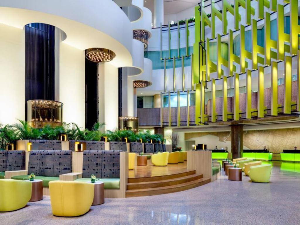 Lobby Holiday Inn Singapore Atrium