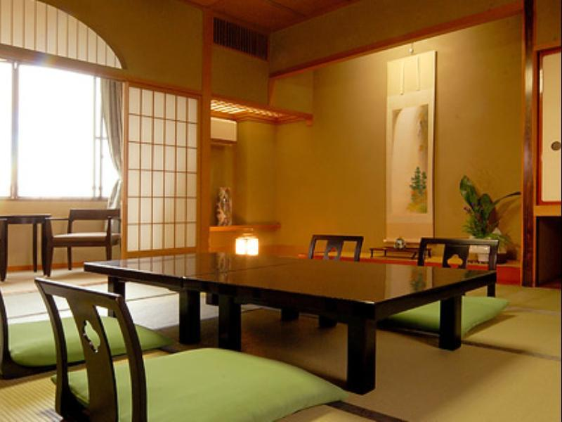 Japanese Style Room For 5 Persons