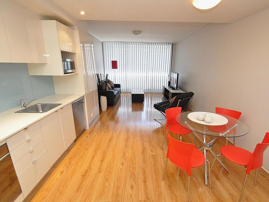 Interior view Ultimo Furnished Apartments 817 Harris Street