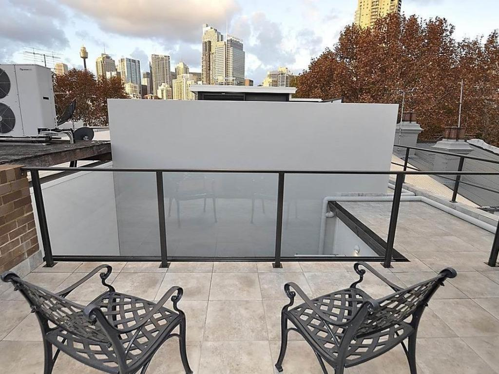 Balcony/terrace Ultimo Furnished Apartments 3 Harris Street