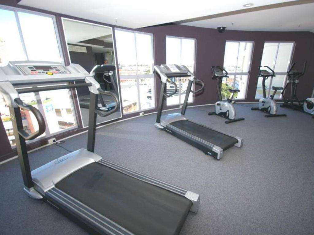 Fitness center Sydney CBD Furnished Apartments 625 Harbour Street