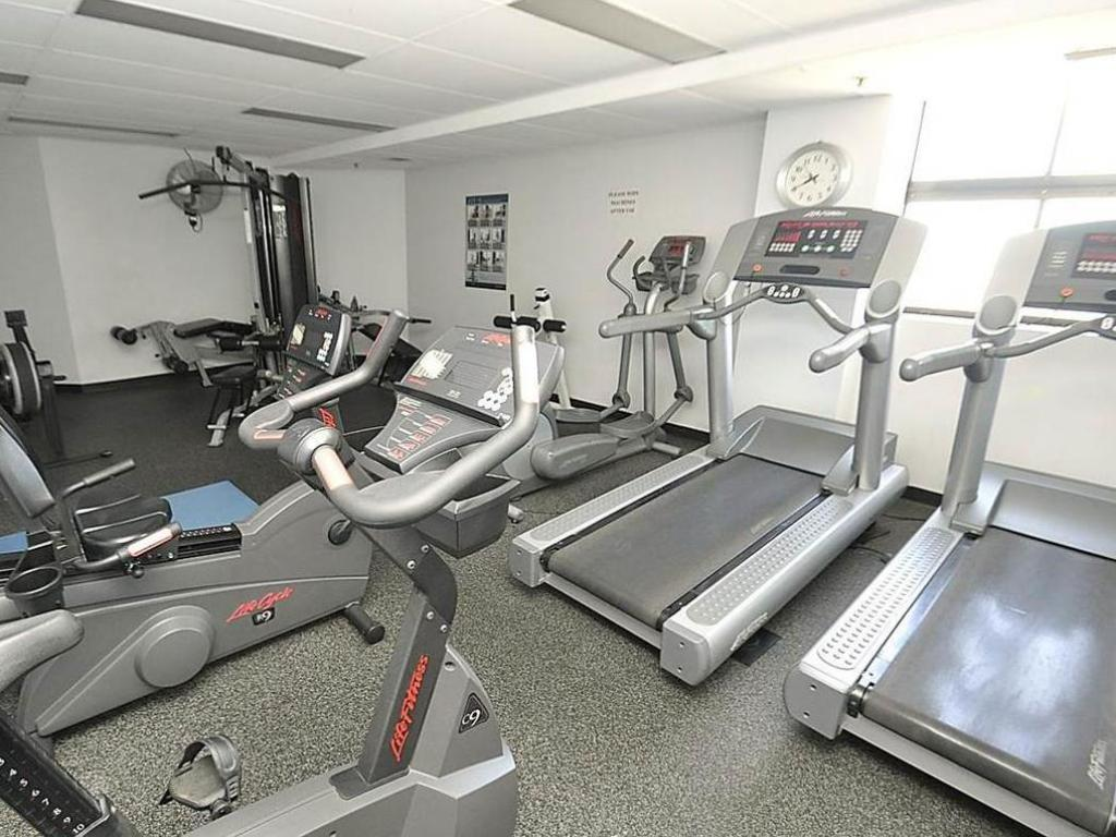 fitness centrum Sydney CBD Furnished Apartments 607 Liverpool Street