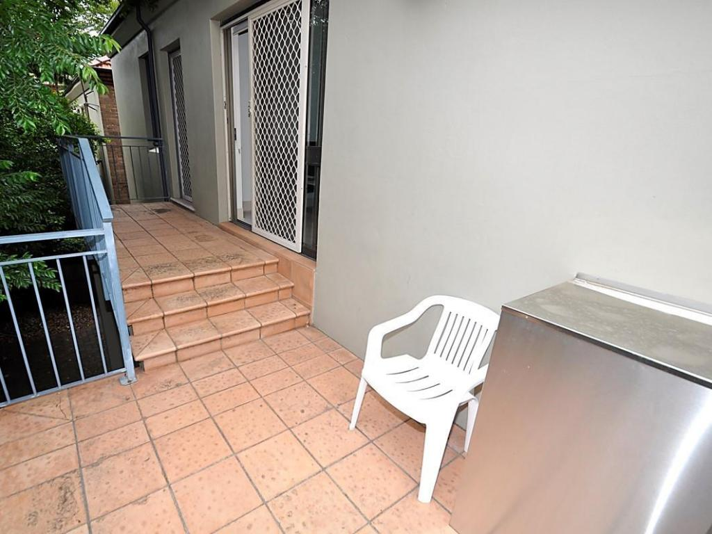Exterior view Randwick Furnished Apartments 432HG High Street