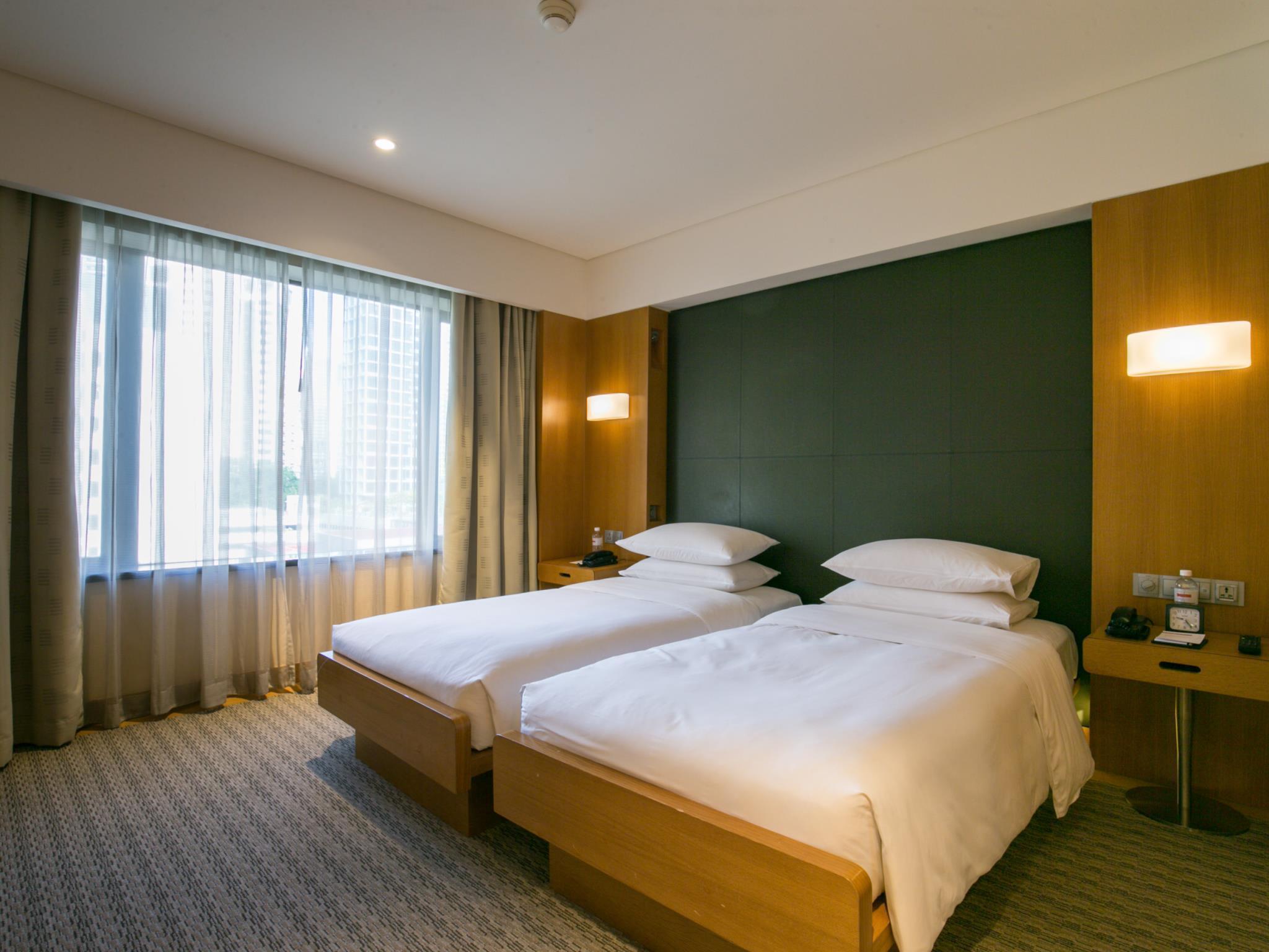 Grand hyatt singapore room deals reviews photos - 2 bedroom hotel suites singapore ...