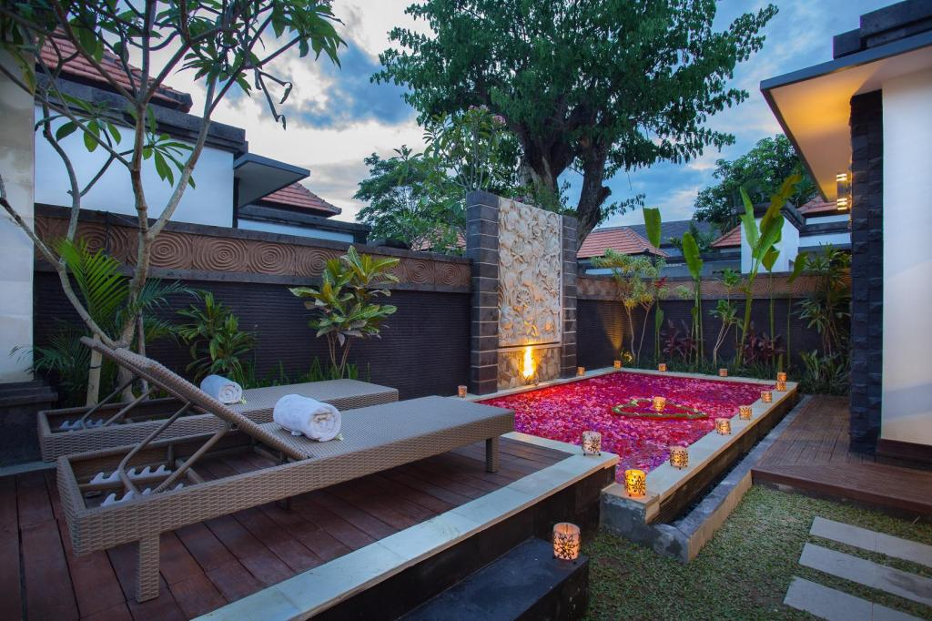 Kolam renang Kayu Suar Bali Luxury Villas and Spa