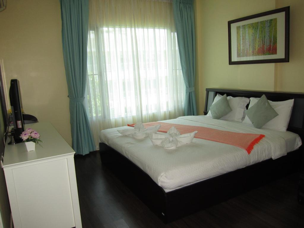 Interior view Baan Sanpluem - Beachfront