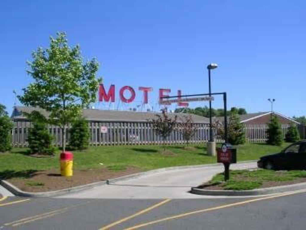 Mayflower Motel Milford