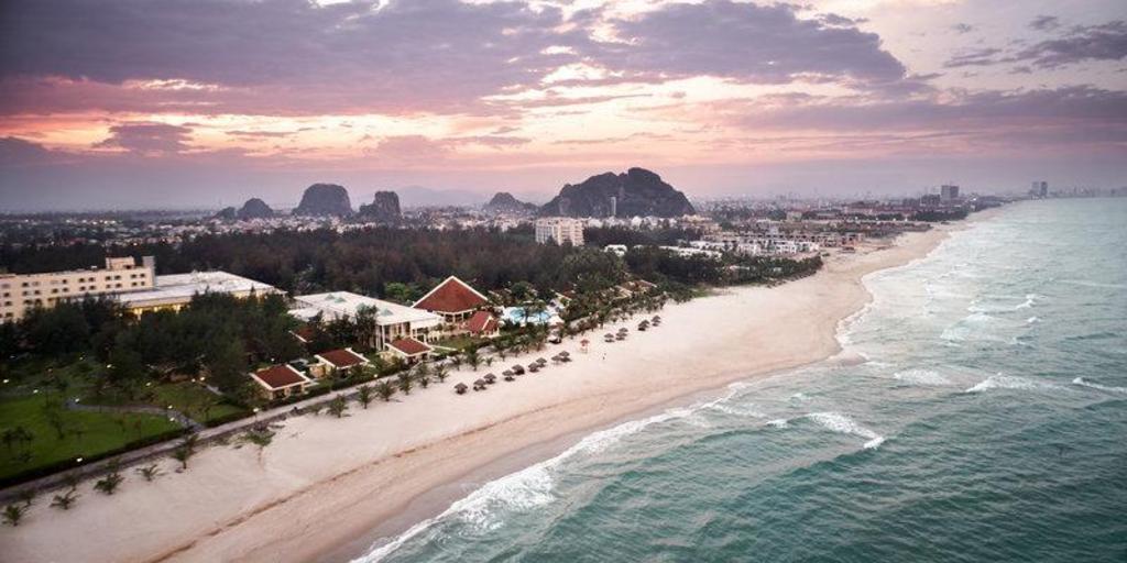 Centara Sandy Beach Resort Da Nang In