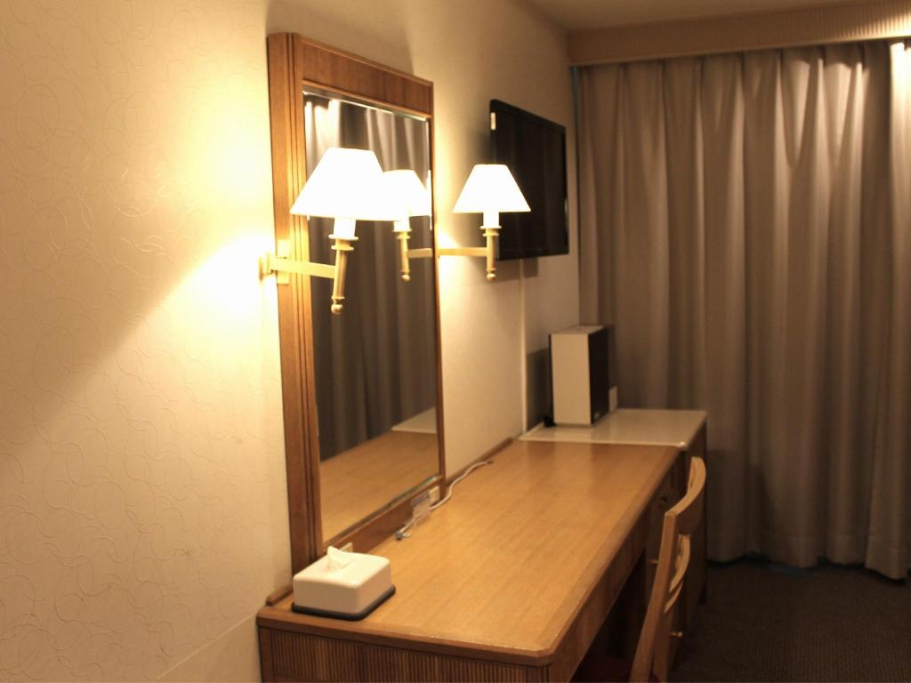 Connecting Room - Guestroom