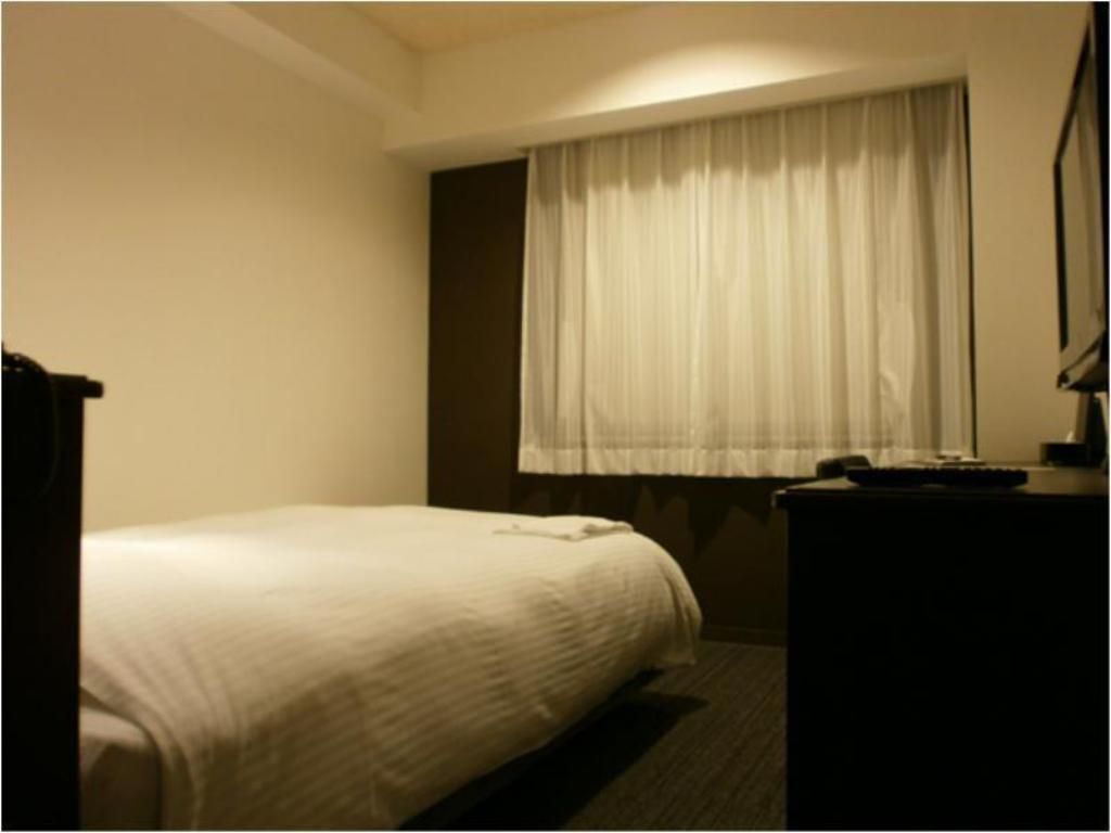 Single Standard Room - Guestroom JR Inn Obihiro