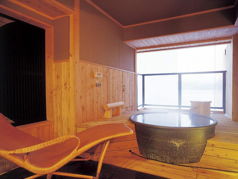 風の座和洋室 (Suite with Open-air Bath (2 Beds))
