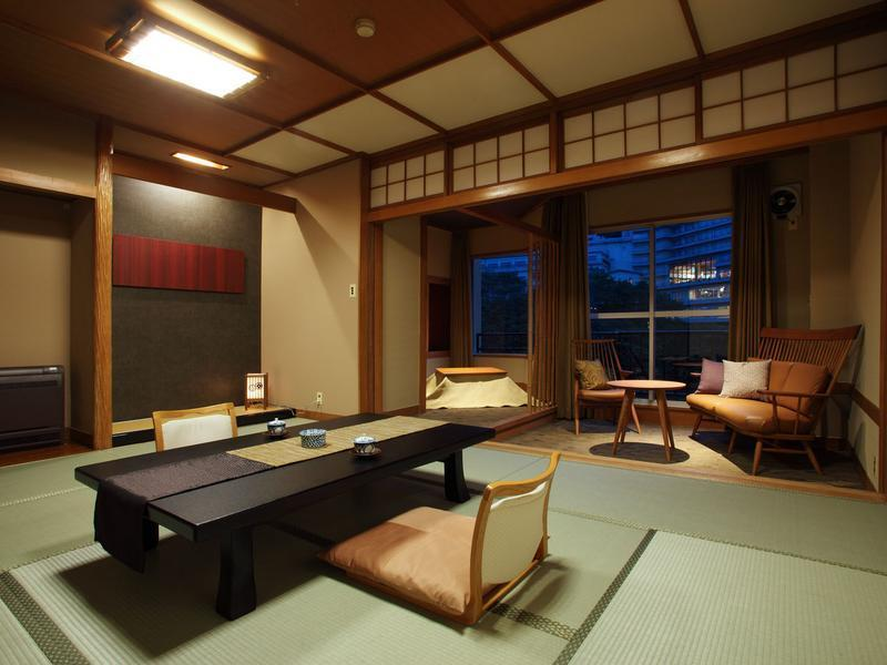 다다미 객실 (Japanese-style Room (Hagoromo Wing))