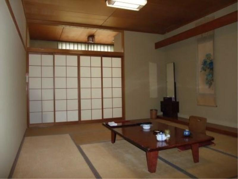 Japanese-style Room*No bath in room