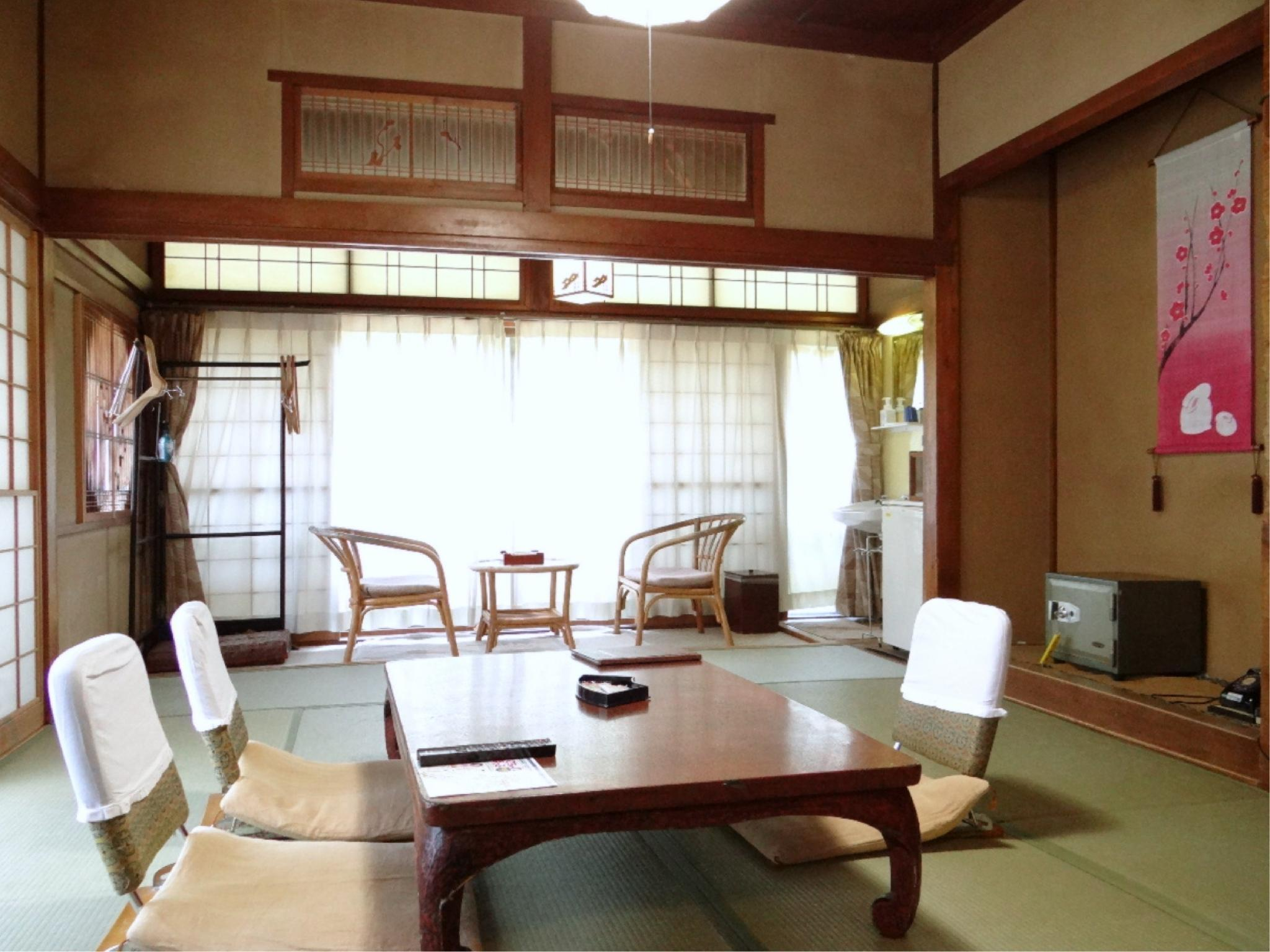 第一別館 和式房※無廁所浴室 (Japanese-style Room (Annex No. 1) *No bath or toilet in room)