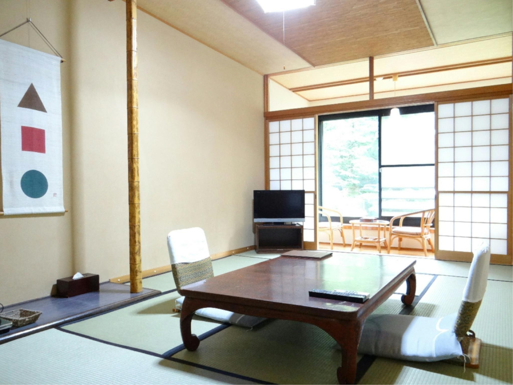 东馆 和式房(有厕所) (Japanese-style Room (East Wing) *Has toilet)