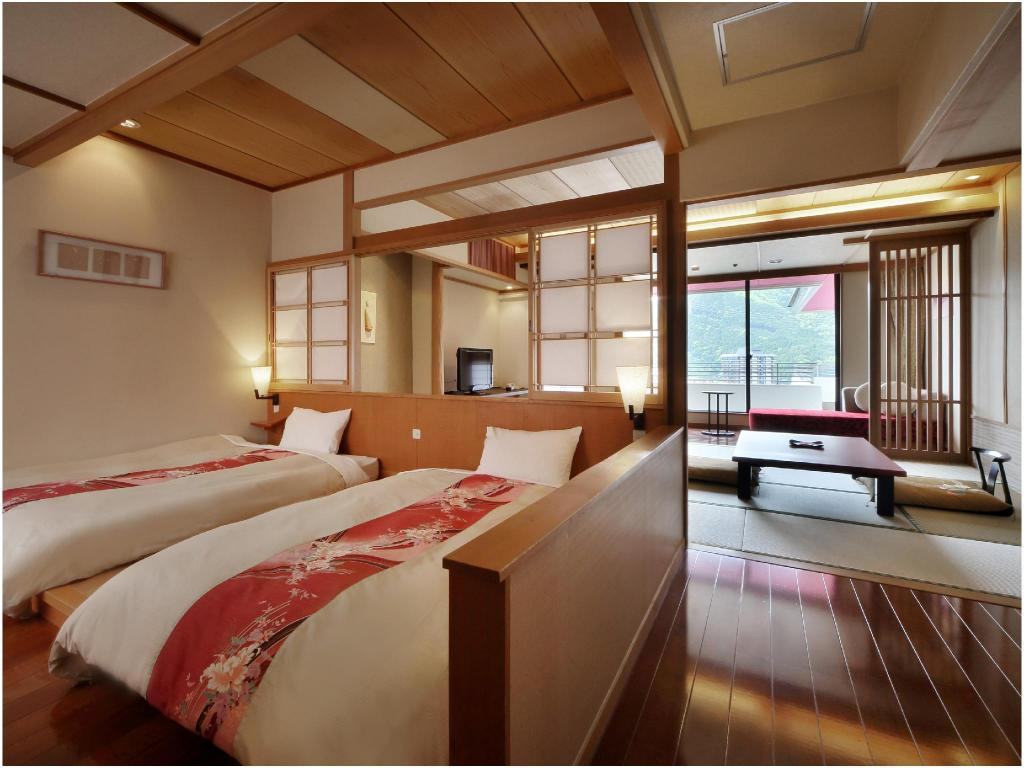 Japanese/Western-style Room (2 Beds, Hiro Floor, Main Building) - Guestroom