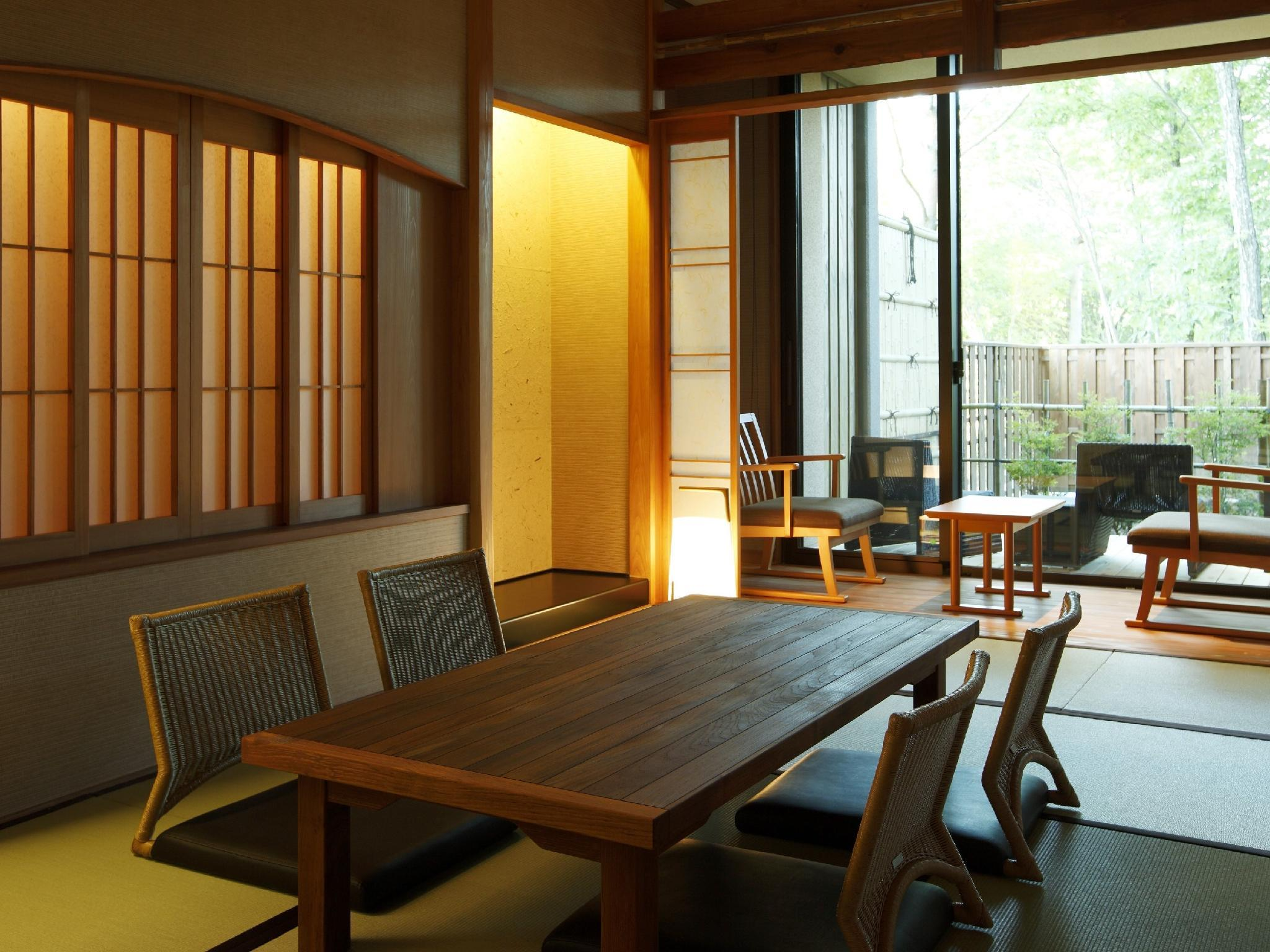 和式房+日式矮床+露天風呂 (Japanese-style Room with Japanese Bed(s) and Open-air Bath)