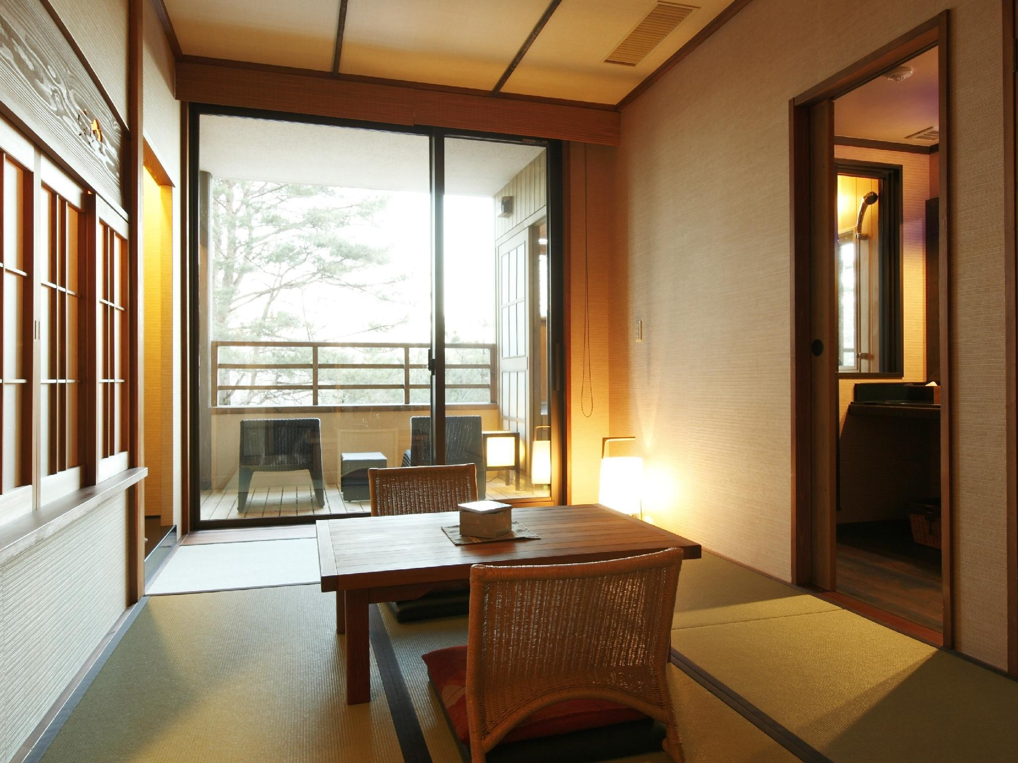 다다미 침대 객실A(노천 온천탕) (Japanese/Western-style Room with Open-air Hot Spring Bath (Type A))