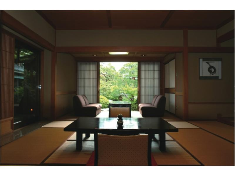 和式房 (Japanese-style Room with Open-air Bath & Reception Room (Nakanoden Type))